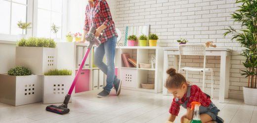 Клининг. Даже самые маленькие члены семьи могут помочь по дому!