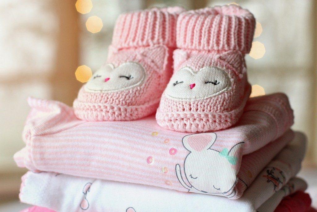 розовая детская одежда